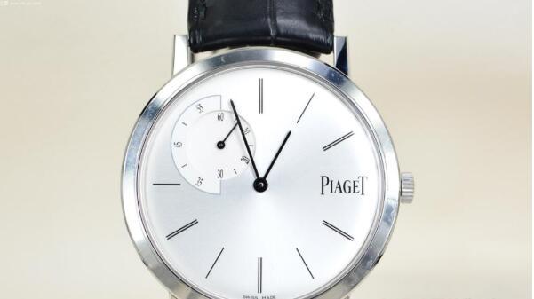 济南伯爵超薄手表回收价格,在哪家回收价格比较靠谱?