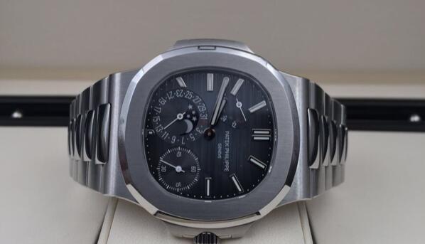 济南二手百达翡丽5712手表回收价格是多少?