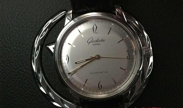 北京二手格拉苏蒂原创复古系列手表几折回收?
