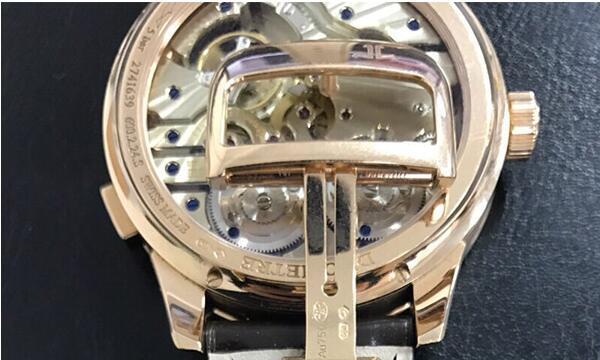 北京二手积家Q6042420手表回收价格能有多少钱?