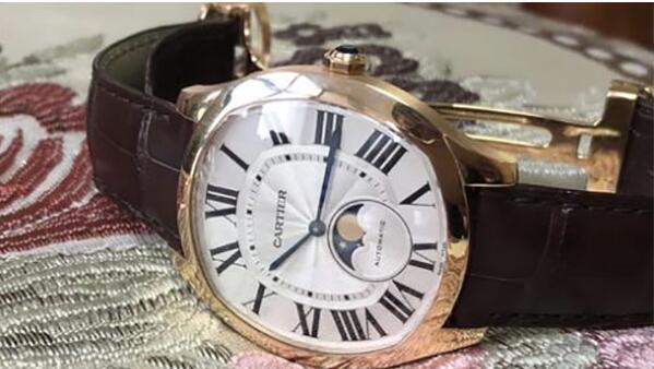 北京二手卡地亚玫瑰金男士手表回收一般多少钱