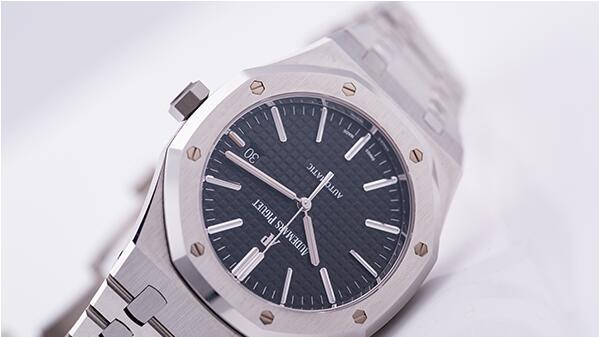 济南爱彼手表回收一般多少钱?哪些款式回收价格高
