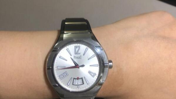 北京伯爵别具一格的运动风手表回收价格一般多少钱?