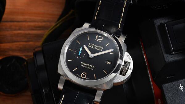 济南二手沛纳海手表回收吗?和劳力士相比谁的回收价格高?