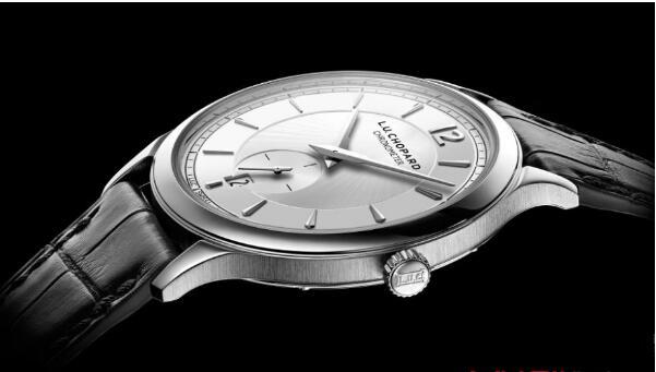 济南哪里有回收萧邦手表的店?经典白表盘回收价格大概多少钱?
