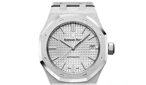 济南哪里回收二手爱彼皇家橡树系列手表价格多高?