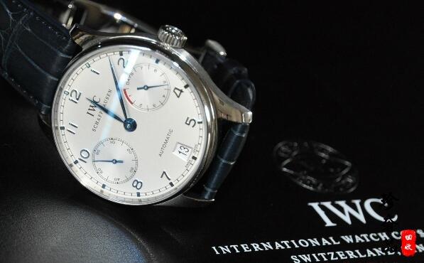 济南万国手表回收地址哪里的更靠谱一些?