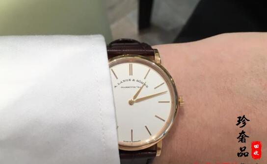 济南奢侈品店回收二手朗格手表大约多少钱?
