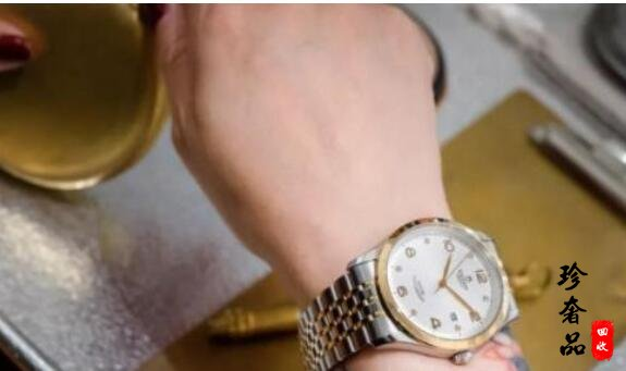 济南买的帝舵手表二手回收一般多少钱?