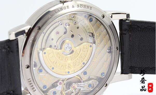 济南哪里有回收二手朗格手表的店!