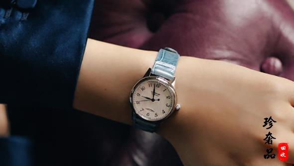 万宝龙手表两万的贝母女表属于什么档次