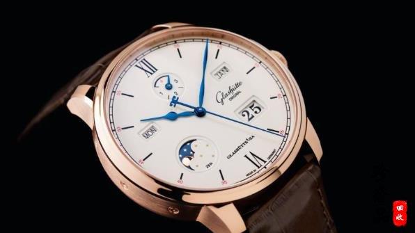 格拉苏蒂和朗格手表都属于德系品牌