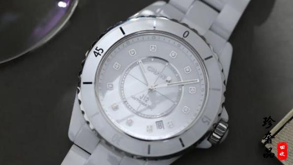 香奈儿J12手表和卡地亚蓝气球女表哪款更值得选择