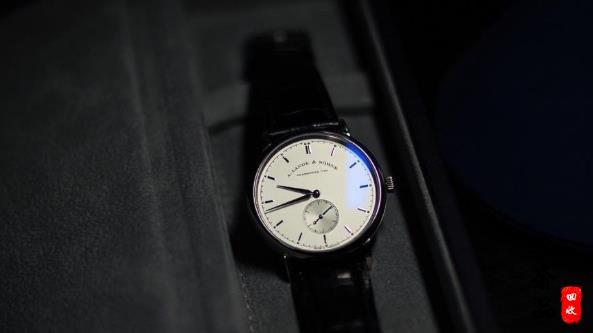 格拉苏蒂原创和朗格手表哪个品牌手表回收价格高