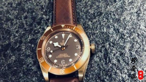 济南哪里回收二手帝舵手表,一般回收价格能有几折
